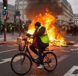 مظاهرات السترات الصفراء، احتجاجت في باريس، فرنسا ديسمبر/ كانون الأول 2018
