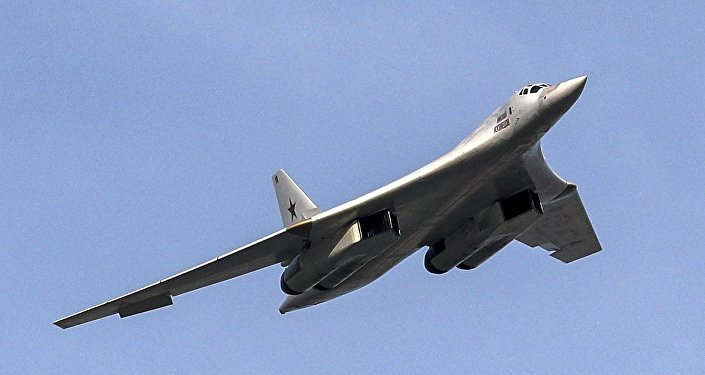 طائرة تو-160
