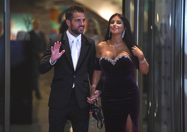 سيسك فابريغاس و زوجته اللبنانية دانييلا سمعان