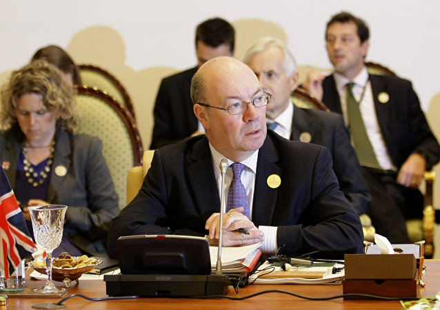 وزير الدولة البريطاني لشؤون الشرق الأوسط وشمال أفريقيا أليستر بيرت