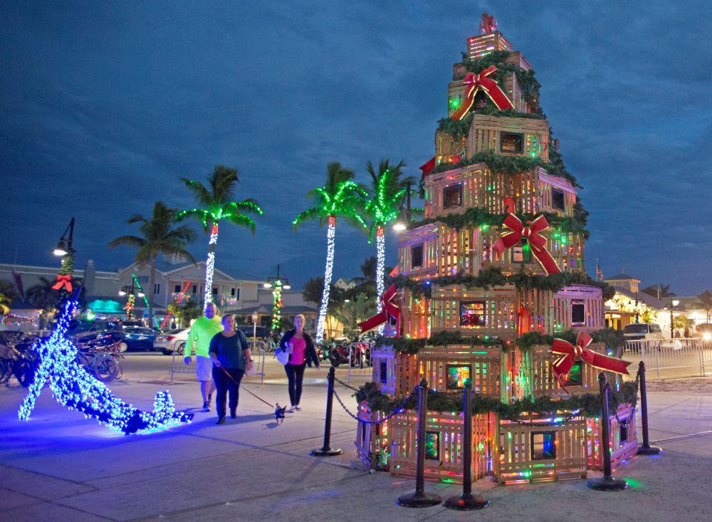 شجرة عيد الميلاد في هيستوريك بورت في كي ويست، فلوريدا، الولايات المتحدة الأمريكية، 29 نوفمبر/ تشرين الثاني 2018