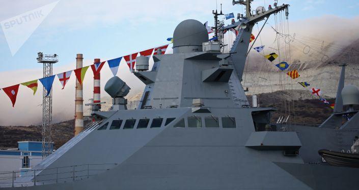 أسطول البحر الأسود  يبدأ المناورات العسكرية