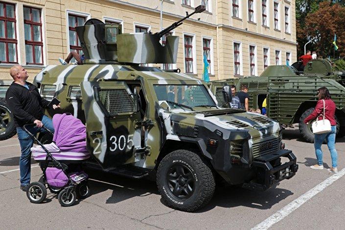 عربة كوبرا من صنع أوكراني