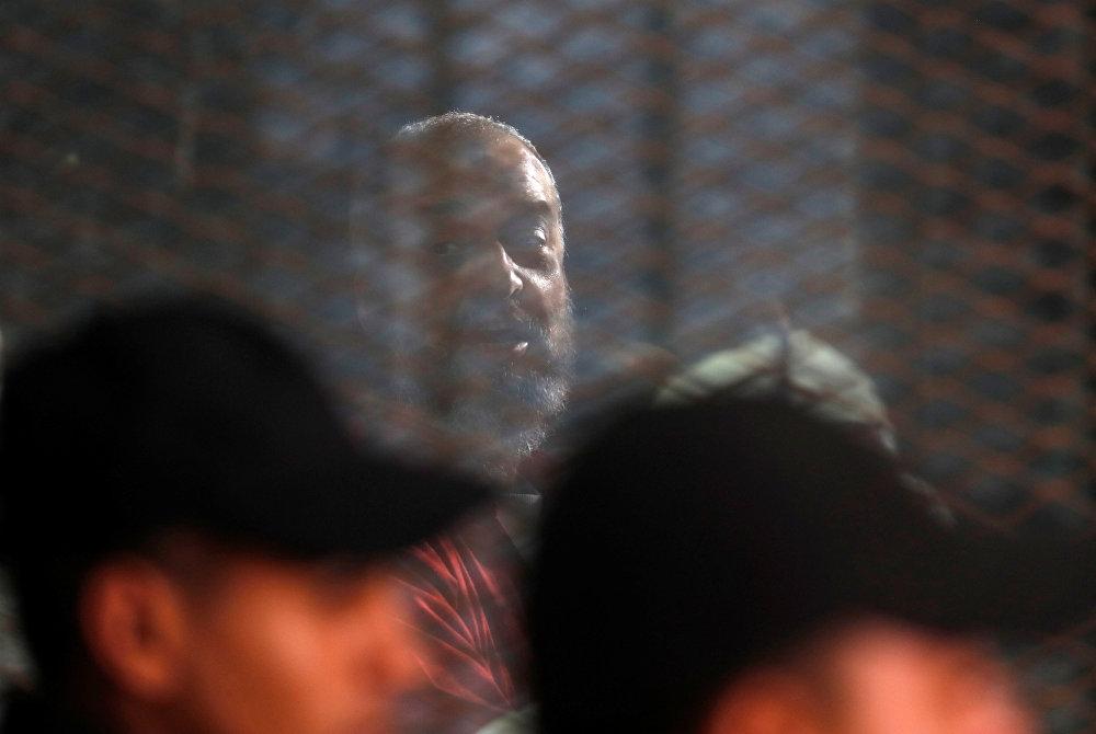 القيادي الإخواني محمد البلتاجي خلال محاكمة اقتحام السجون