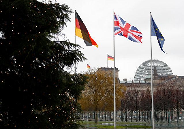 علم ألمانيا بريطانيا الاتحاد الأوروبي