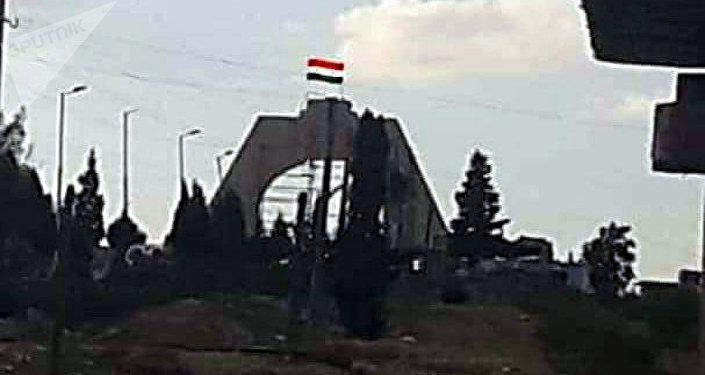 الجيش السوري يرفع العلم فوق سد تشرين على نهر الفرات