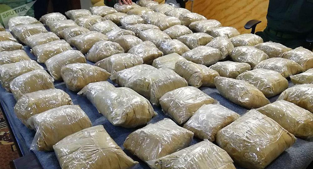 الأمن السوري يضبط كمية كبيرة من المخدرات في كازية مهجورة
