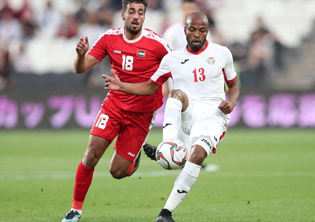 المنتخب الأردنييلتقي مع المنتخب الفلسطيني في إطار بطولة كأس أمم آسيا 2019، في ملعب محمد بن زايد، أبو ظبي، الإمارات العربية المتحدة، 15 يناير / كانون الثاني 2019