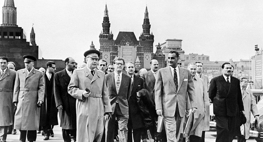 زيارة الرئيس المصري جمال عبد الناصر للكرملين في موسكو يوم 4 مايو 1958 خلال زيارته الرسمية للاتحاد السوفييتي