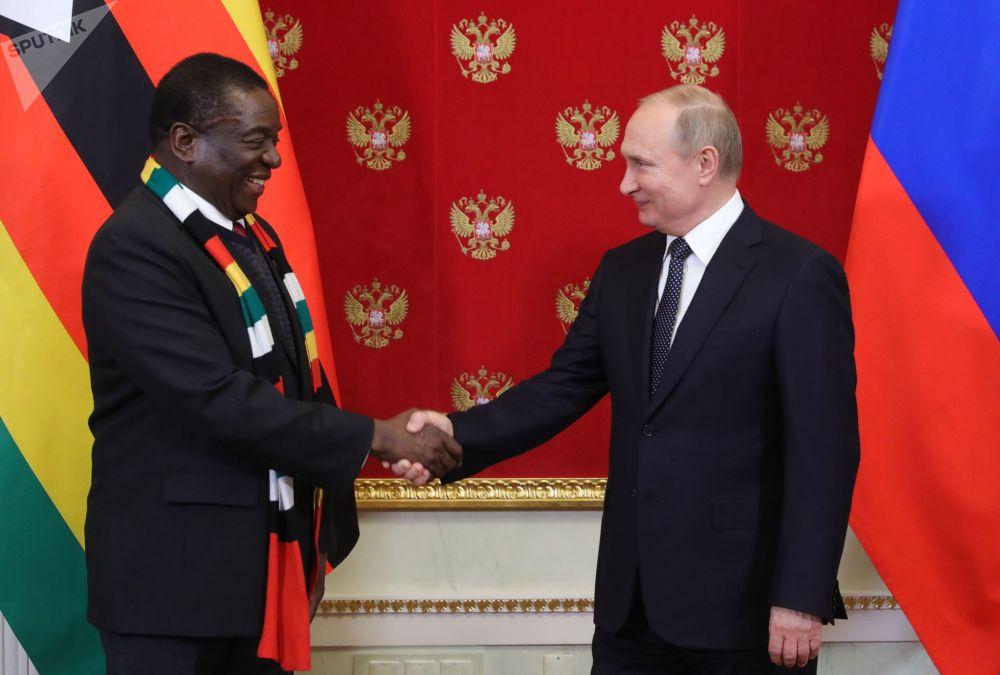 الرئيس الروسي فلاديمير بوتين يلتقي مع رئيس جمهورية زيمبابوي إمرسون منانغاغوا، 15 يناير/ كانون الثاني 2019