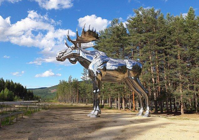 تمثال لحيوان الأيل في النرويج