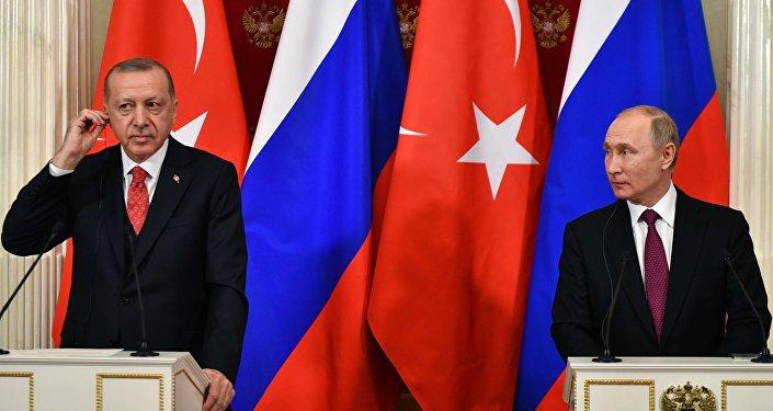 بوتين وأردوغان في المؤتمر الصحفي المشترك في موسكو