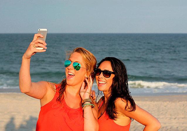 ما هو أفضل هاتف ذكي في التقاط صور السيلفي