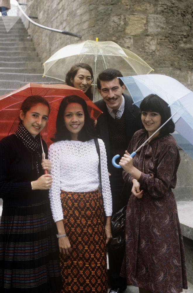 طلاب أجانب من آسيا وآسيا الوسطى وجنوب شرق آسيا