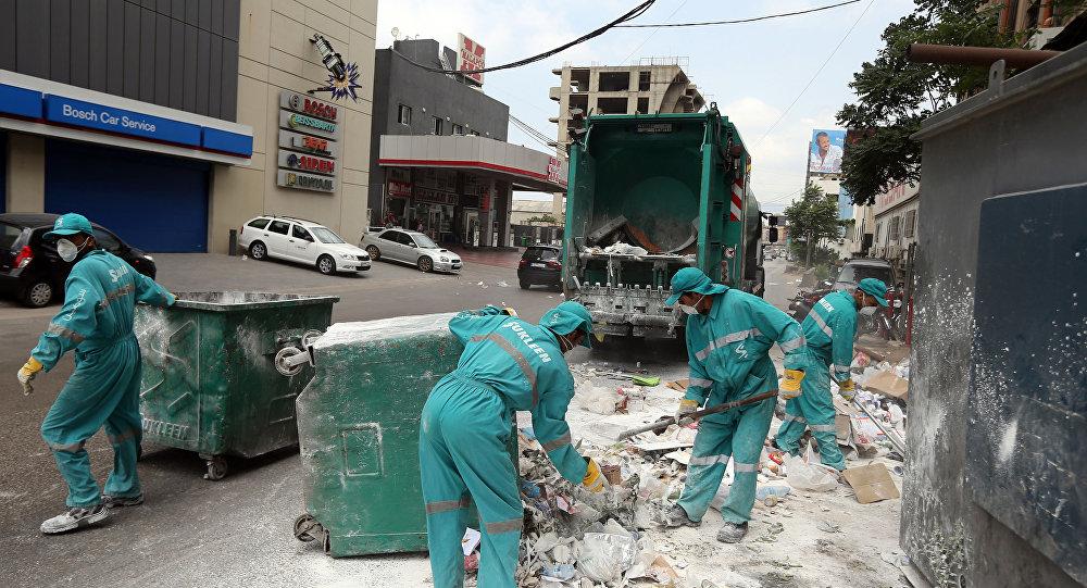 عمال نظافة في بيروت صورة أرشيفية