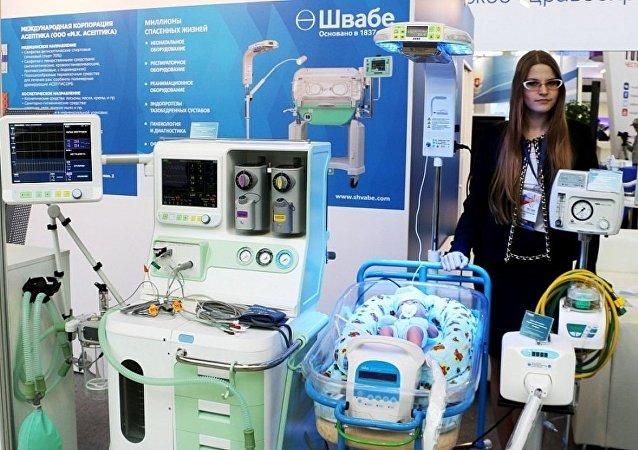 روستيخ تبتكر معدات لإنقاذ حديثي الولادة