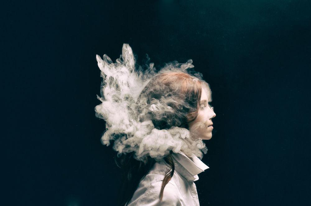 صورة دخان، للمصور أليكسي هولود من روسيا، في فئة الحركة