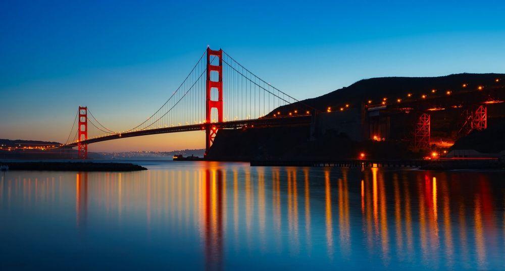 جسر غولدين كيج (البوابة الذهبية) في سان فرانسيسكو الأمريكية