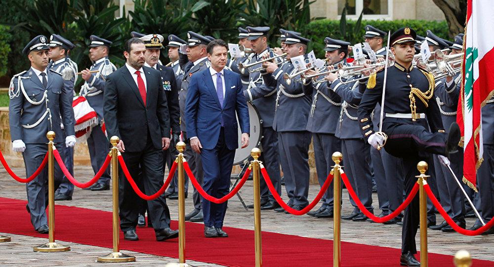رئيس الوزراء الإيطالي جيوسيبي كونتي يلتقي رئيس الوزراء اللبناني سعد الحريري في القصر الحكومي في بيروت