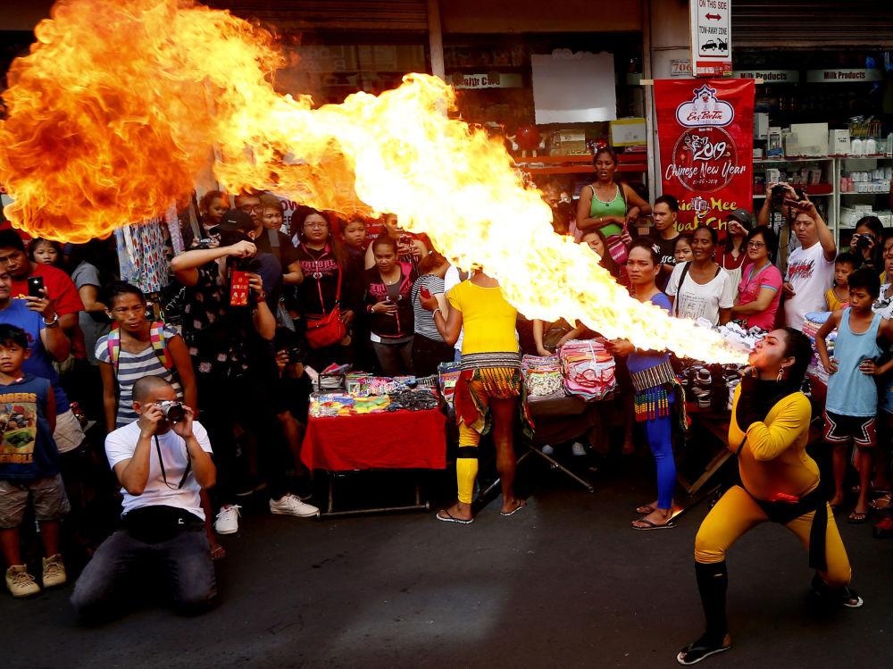 احتفالات بحلول رأس السنة القمرية الصينية الجديدة في شوارع مانيلا، الفلبين 5 فبراير/ شباط 2019