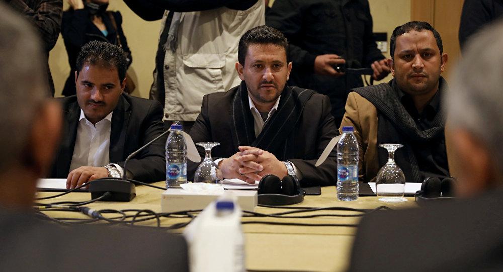 عبد القادر مرتضى رئيس وفد أنصار الله يحضر جولة جديدة من المحادثات لمناقشة صفقة تبادل الأسرى بين الأطراف المتحاربة في اليمن