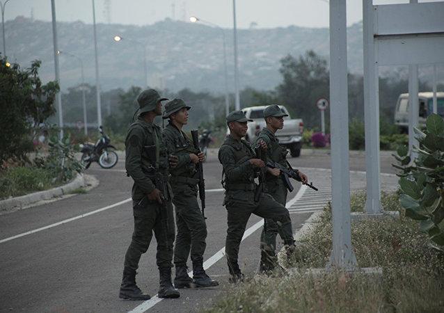 عناصر الجيش الفنزويلي