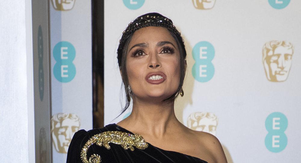 الممثلة سلمى حايك في مراسم توزيع جائزة بافتا (BAFTA) السينمائية في لندن، إنجلترا 10 فراير/ شباط 2019