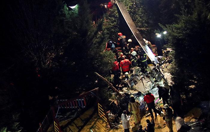 حاكم إسطنبول يعلن مقتل 4 بسقوط مروحية عسكرية