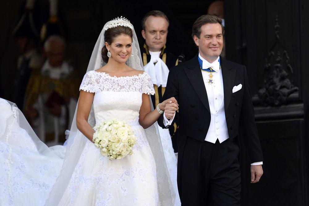 الأميرة مادلين، السويد، أثناء حفل زفافها في كنيسة القلعة الملكية في ستكهولم، السويد 8 يونيو/ حزيران 2013