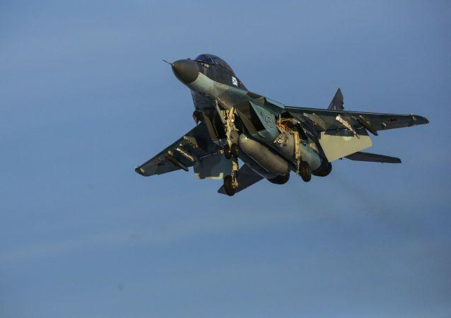 مناورات لمقاتلات ميغ-29 كا في منطقة مورمانسك الروسية