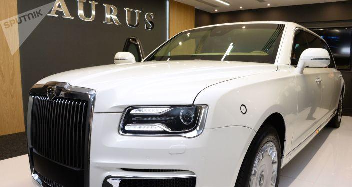 شركة أوروس (Aurus ) الروسية لتصنيع السيارات -تقدم سيارة مشروع كورتيج من فئة ليموزين، في معرض آيدكس 2019 في أبو ظبي، الإمارات  19 فبراير/ شباط 2019