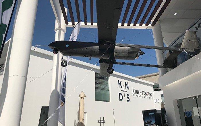 آير-تيك-الإسبانية-تعرض-الطائرة-المقاتلة-دون-طيار-تارسيز-في-آيدكس