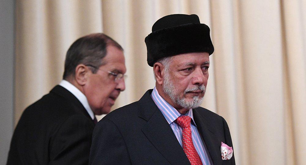 الوزير الروسي لافروف مع نظيره العماني يوسف بن علوي