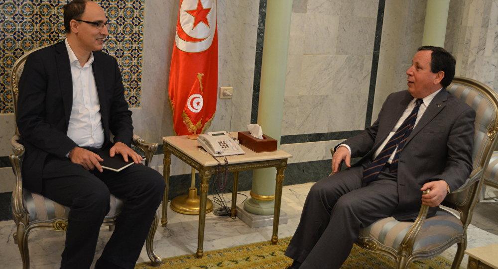 وزير الشؤون الخارجية التونسي خميس الجهيناوي