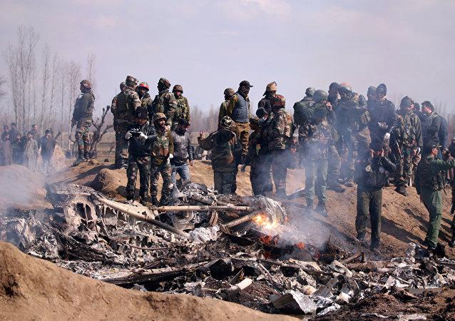 إسقاط مقاتلة هندية من قبل مقاتلات باكستانية