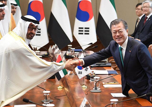 محمد بن زايد  ورئيس كوريا الجنوبية