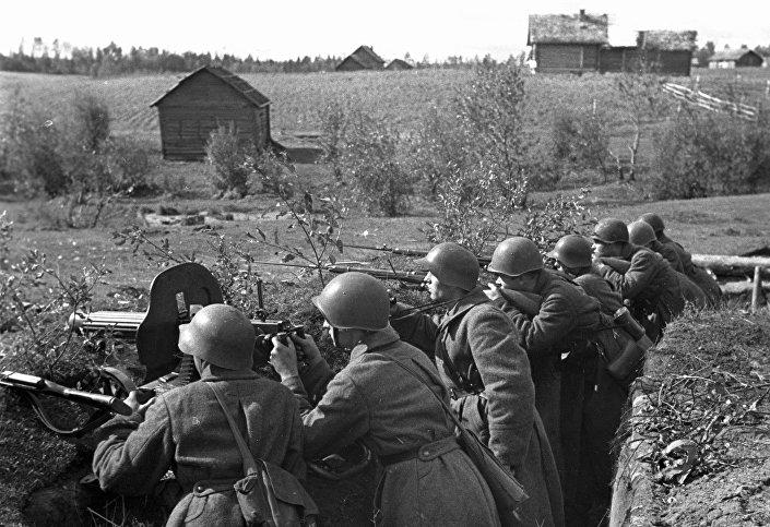 جنود الجيش الأحمر (جيش الاتحاد السوفيتي)