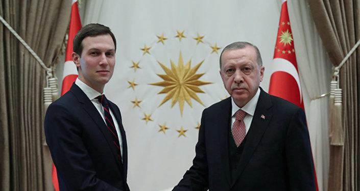 الرئيس التركي رجب طيب أردوغان يجتمع مع مستشار البيت الأبيض في الولايات المتحدة جاريد كوشنر في أنقرة