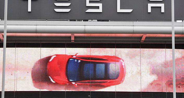 شركة تسلا للسيارات الكهربائية