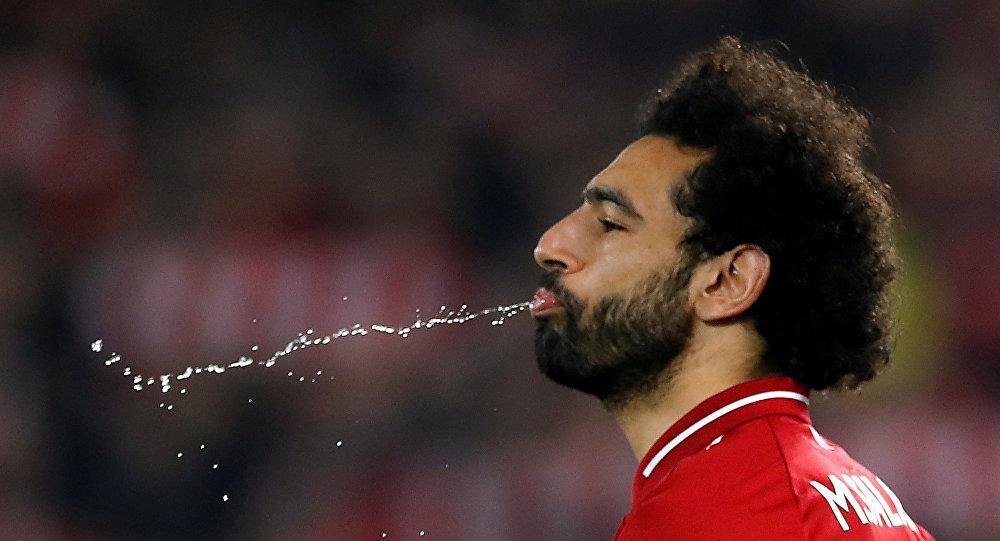 أسطورة ليفربول يكشف سر لعنة محمد صلاح في المباريات الأخيرة