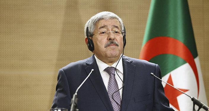 رئيس الحكومة الجزائرية المستقيل أحمد أويحيى