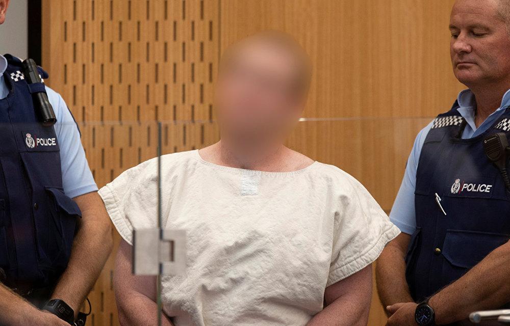 برنتون تارانت يظهر في قفص الاتهام أثناء مثوله أمام محكمة مقاطعة كرايستشيرش