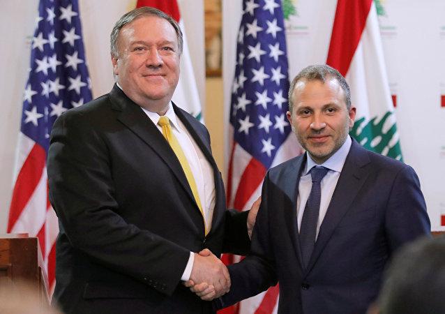 وزير الخارجية الأمريكي مايك بومبيو مع نظيره اللبناني جبران باسيل في بيروت