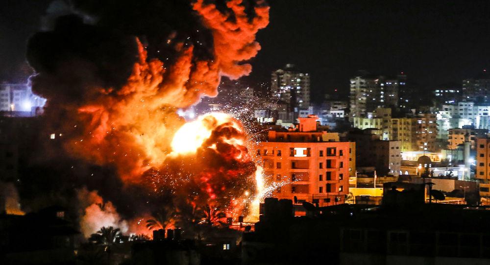غزة، قطاع غزة، فلسطين - قصف الطيران الحربي الإسرائيلي لمواقع تابعة لحركة حماس،  25 مارس/ آذار 2019