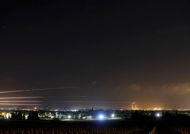 غزة، قطاع غزة، فلسطين - اطلاق صواريخ باتجاه الأراضي المحتلة، إسرائيل 25 مارس/ آذار 2019