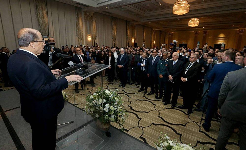 عون خلال لقاء الجالية اللبنانية في موسكو