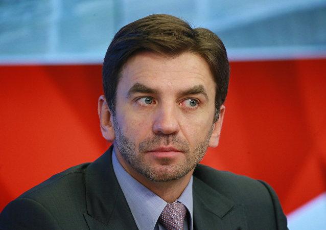 الوزير الروسي السابق ميخائيل أبيزوف