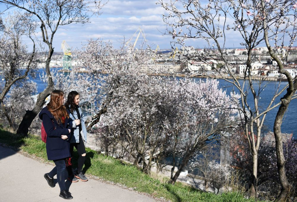 الربيع في القرم الروسية