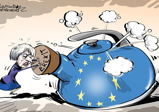 يونكير: صبر الاتحاد الأوروبي بدأ ينفذ