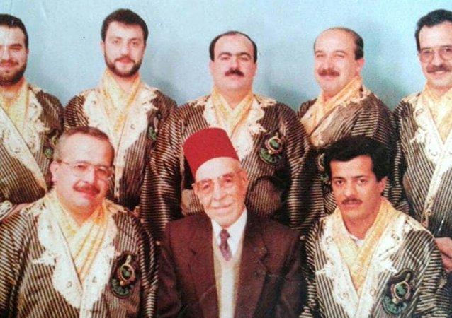 الفنان محمود فارس